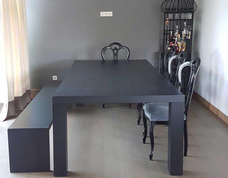 Svetaines stalas